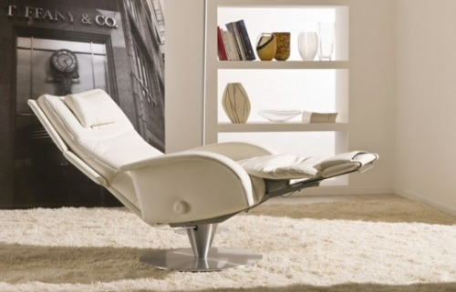 Poltrone reclinabili posizione relax comodit for Poltrone reclinabili poltrone e sofa
